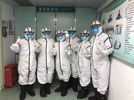 陕西医疗队今日接管武汉市第九医院重症监护区