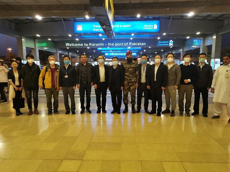 中国蝗灾防治工作组制定了援巴蝗灾防治工作方案 并抵达巴基斯坦
