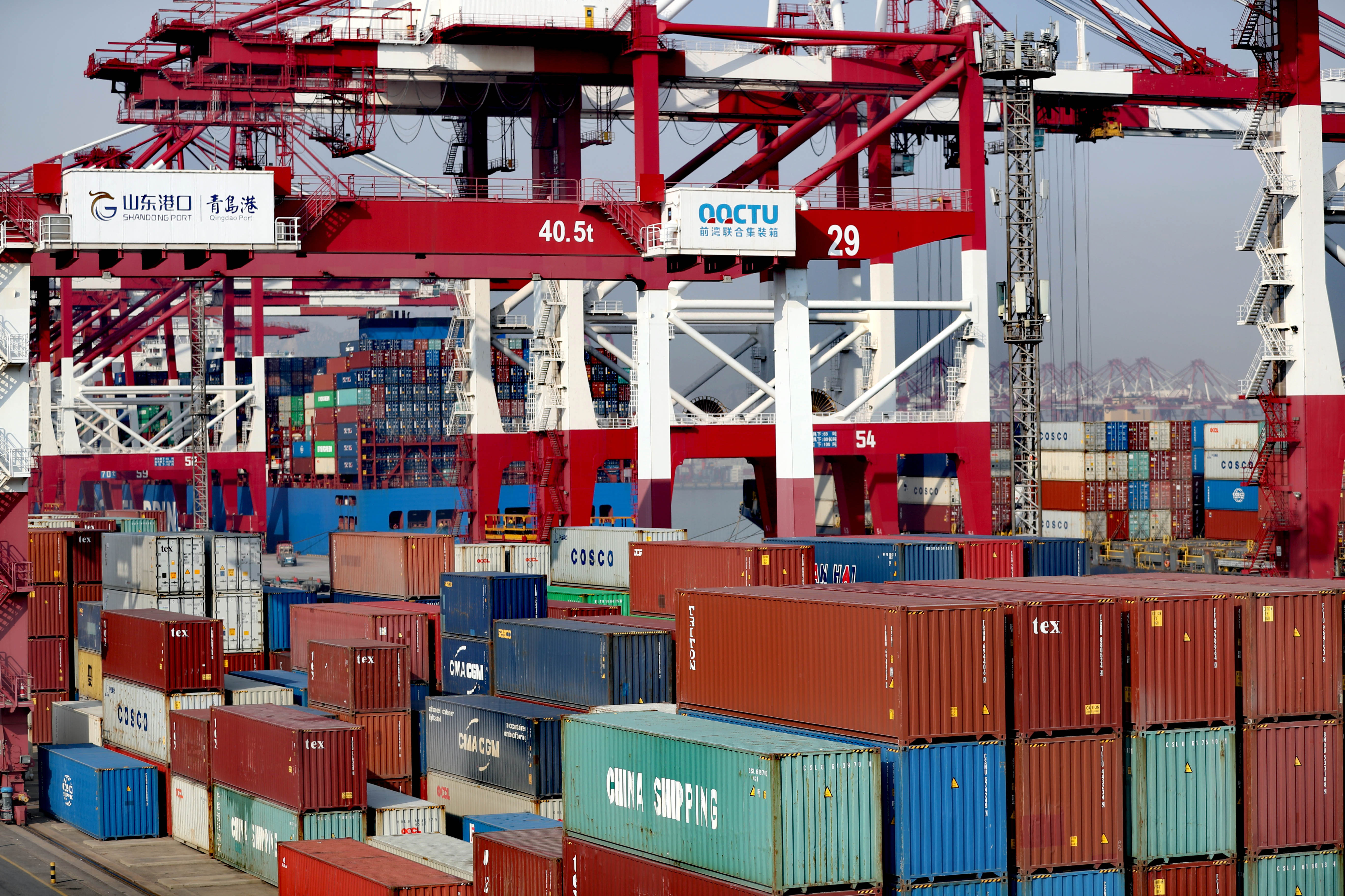 山东港口建设东北亚国际航运枢纽中心进...