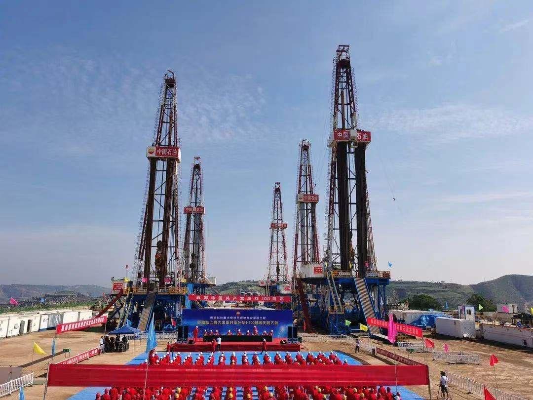 我国建成亚洲陆上最大的水平井平台