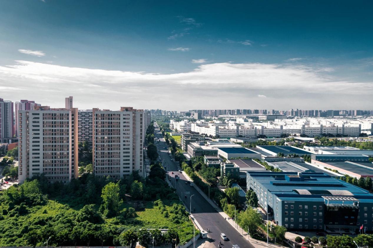 成都高新区上半年GDP达1393.1亿 ,经济整体向好